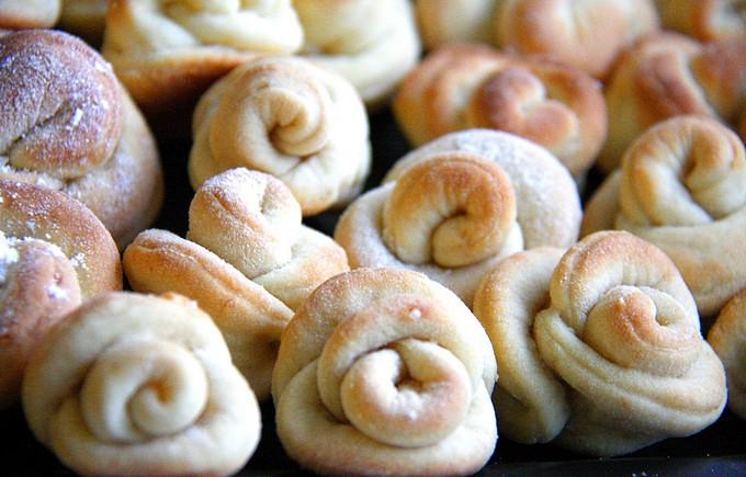 Печенье творожные розочки
