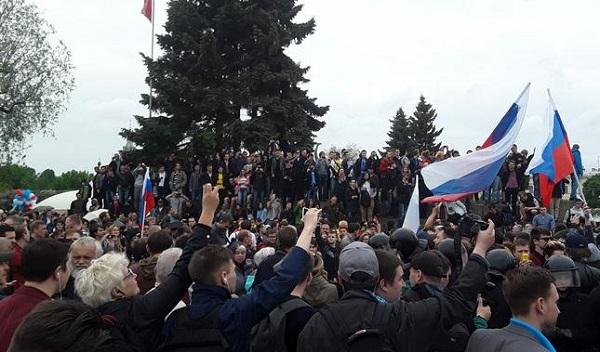 "Марсово поле в Петербурге исключили из списка ""гайд-парков"""