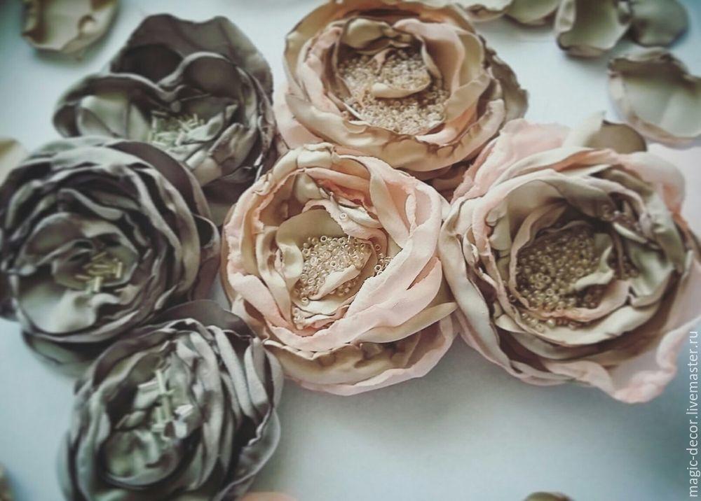 Цветы из тканей для декора одежды