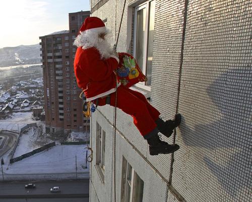 Дед Мороз в окно. Новая новогодняя услуга. Новый 2011 год