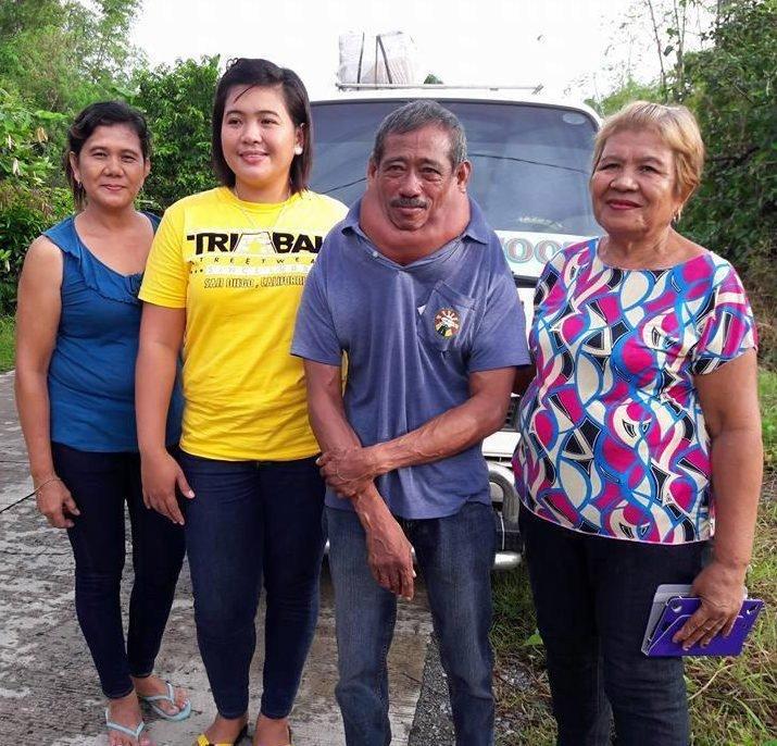 Проблемы с шеей у уже сейчас 59-летнего Адольфо Або (Adolfo Abo) начались в 1993 году в мире, водитель, добро, люди, опухоль, такси