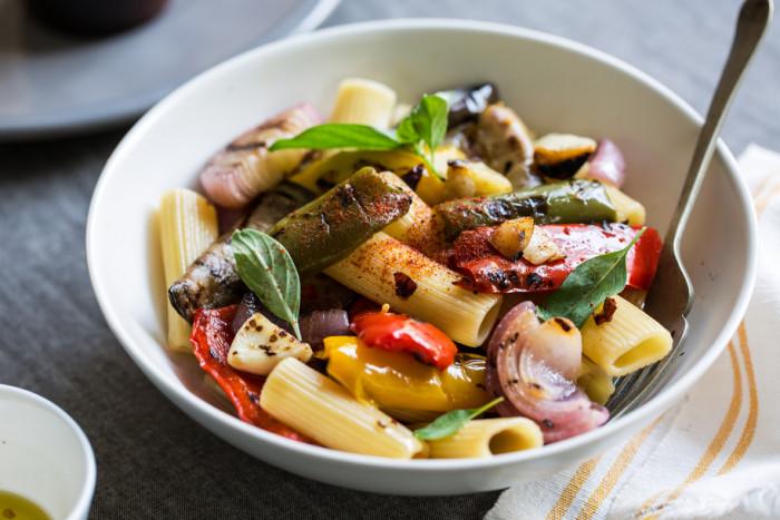 Пикантная паста с овощами.  Фото: google.com.ua.