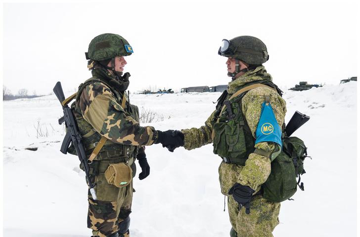 Первое совместное российско-белорусское учение по миротворческой тематике (фоторепортаж)