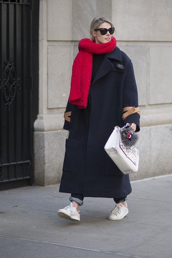 35 идей, как носить шарф в этом сезоне фото №26