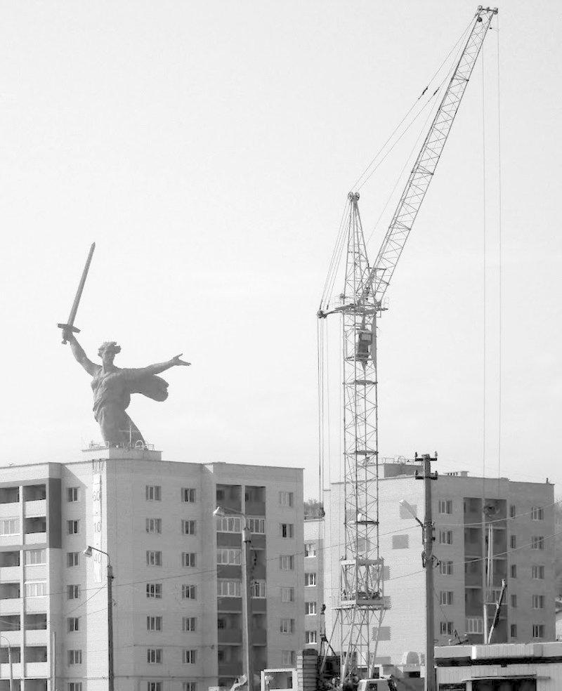 Родина-Мать нетуристическая: 30 необычных взглядов на самый большой памятник Европы Родина мать, архитектура, волгоград, город, памятник, родина, эстетика
