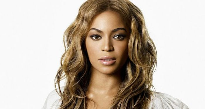 Самые красивые женщины планеты по версии журнала People (25 фото)