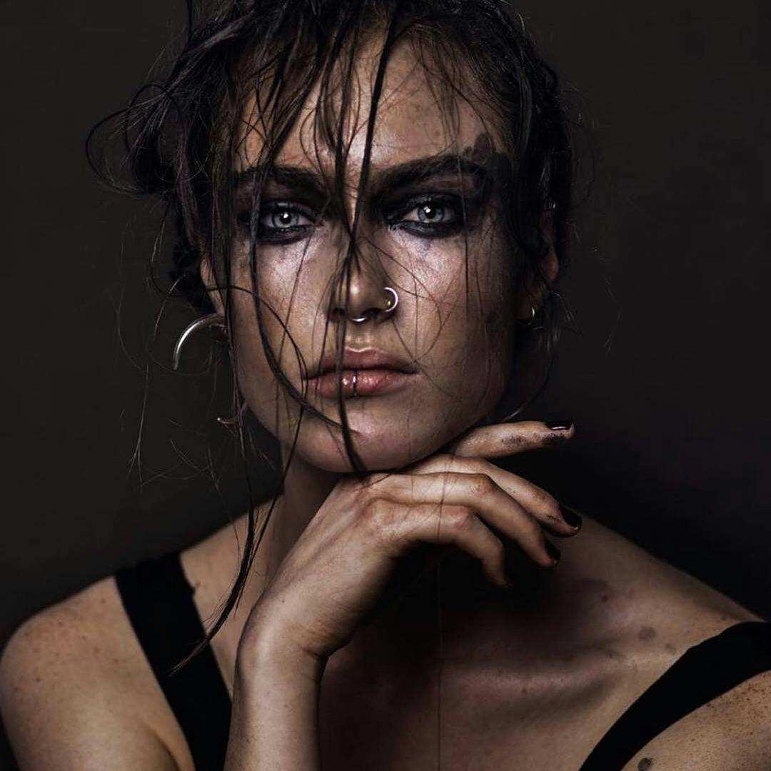 Мощные женские портреты от B…