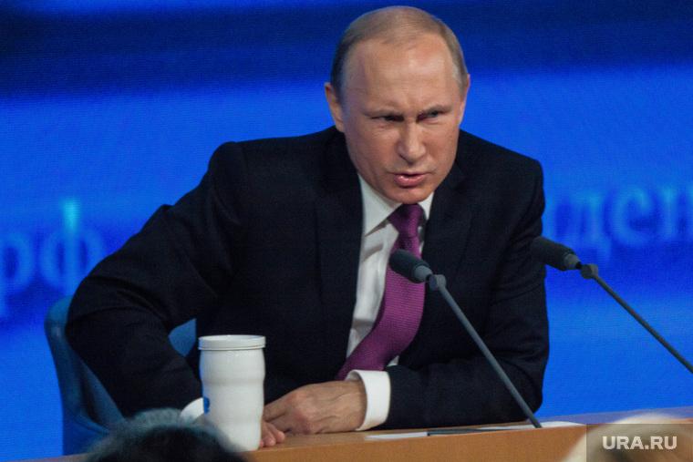 «Да дураки!» Путин отреагировал на обыски у Серебренникова