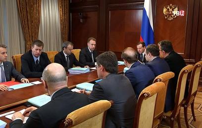Медведев: иностранные инвесторы заинтересованы в российском рынке