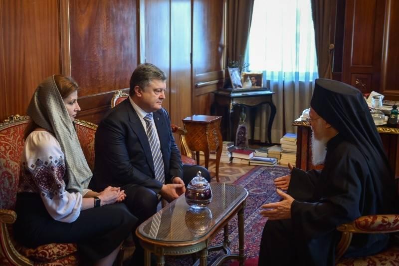Признание Перошенко: автокефалии для УПЦ КП не будет