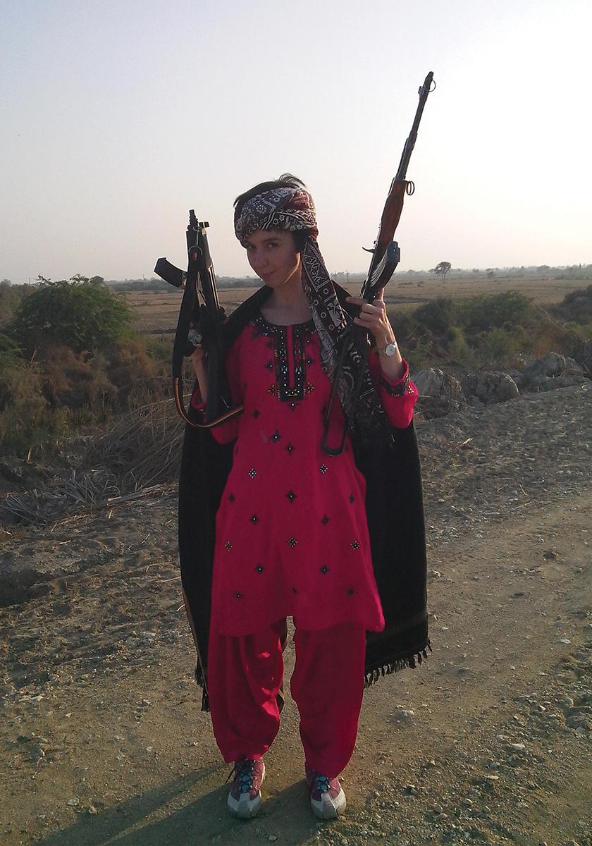 Как избежать проблем женщине, путешествующей в одиночку: личный опыт корреспондентки «Ножа»