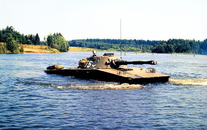 Русский ПТ-76, обращавший американцев в бегство