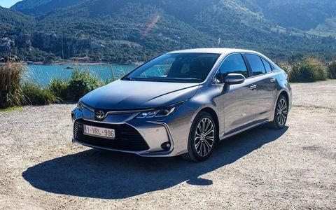Новая Toyota Corolla: почему так дорого!