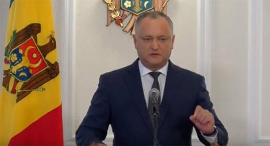 """И.Додон: Во время """"стажировки"""" на Украине наши военные будут чистить колёса автомобилей НАТО?"""