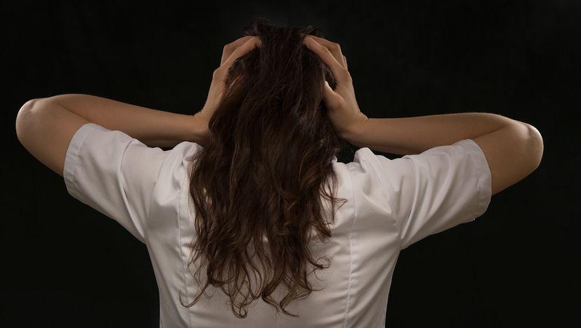 Как справляться с мигренью: инструкция