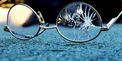 Картинки по запроÑу разбитые очки