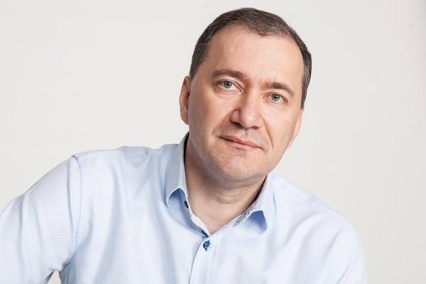 Депутат Госдумы РФ Дмитрий Белик поставил вторую подпись за Путина