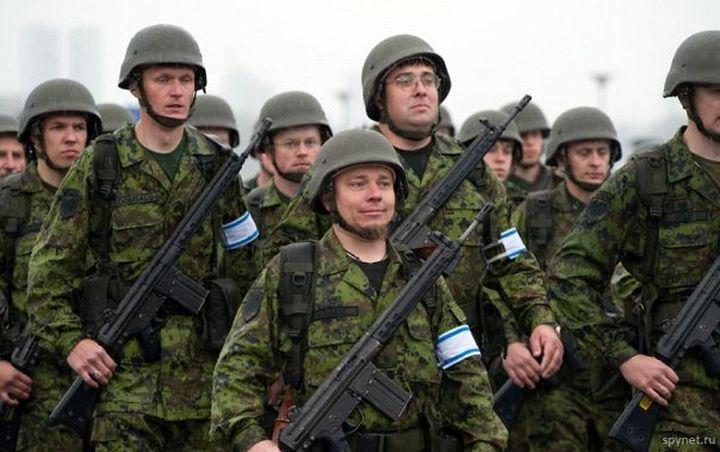 Эстонский журналист предложил обстрелять Питер ракетами