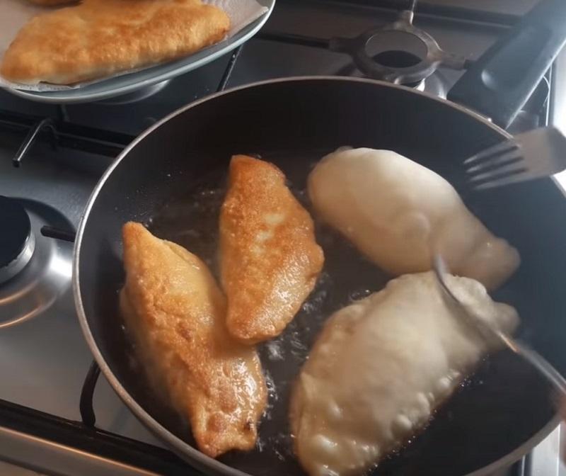 пирожки с капустой дрожжевое тесто жареные