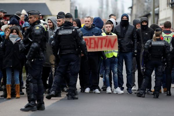 Французы назвали неэффективной борьбу скоррупцией встране