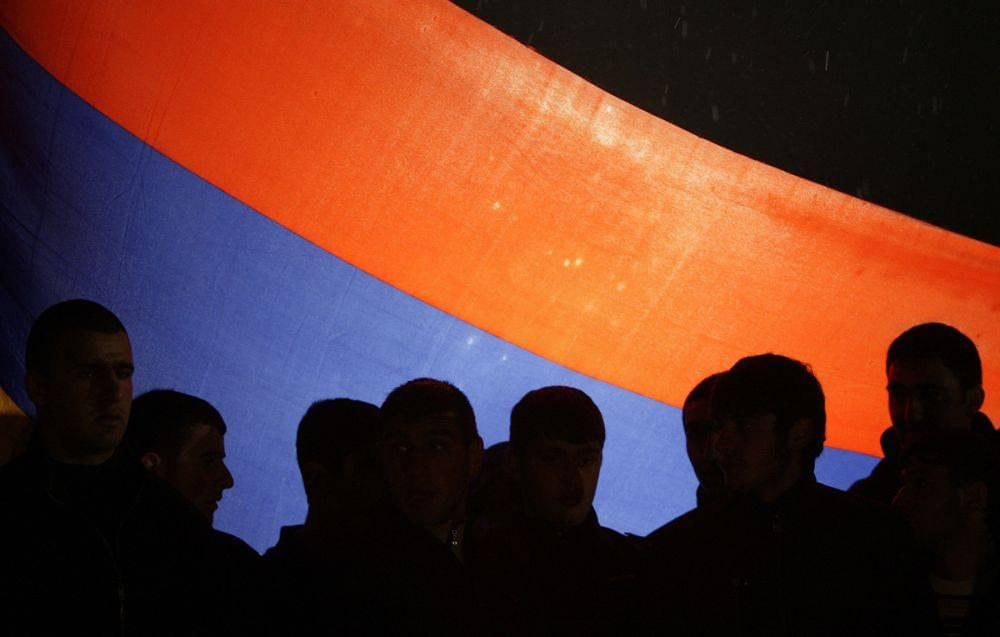 С уверениями о «колониальных стремлениях Кремля» в Армении согласных мало