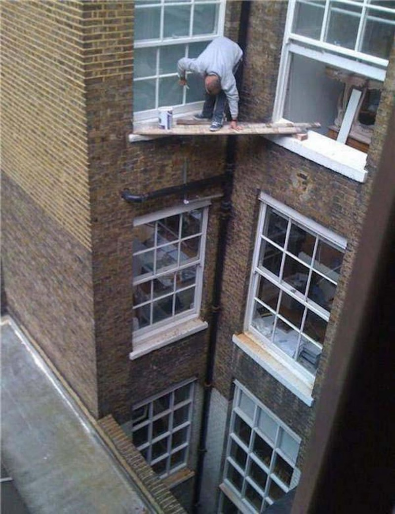 А из нашего окна тётя голая видна! Чего только не увидишь, выглянув в окно утром девушки, смешно, сосед в окне, фото