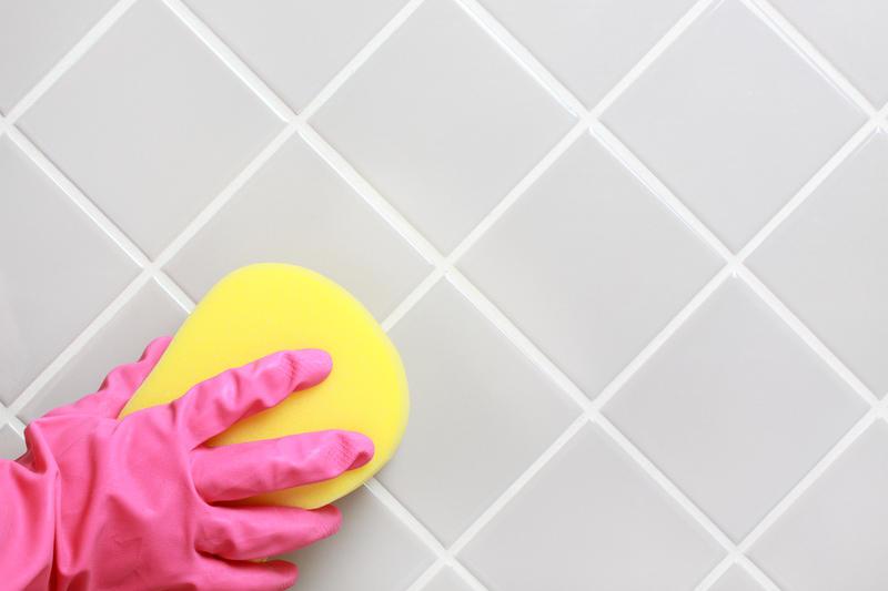5 способов избавиться от мыльных разводов в ванной