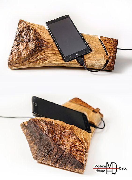 Коряга под смартфон