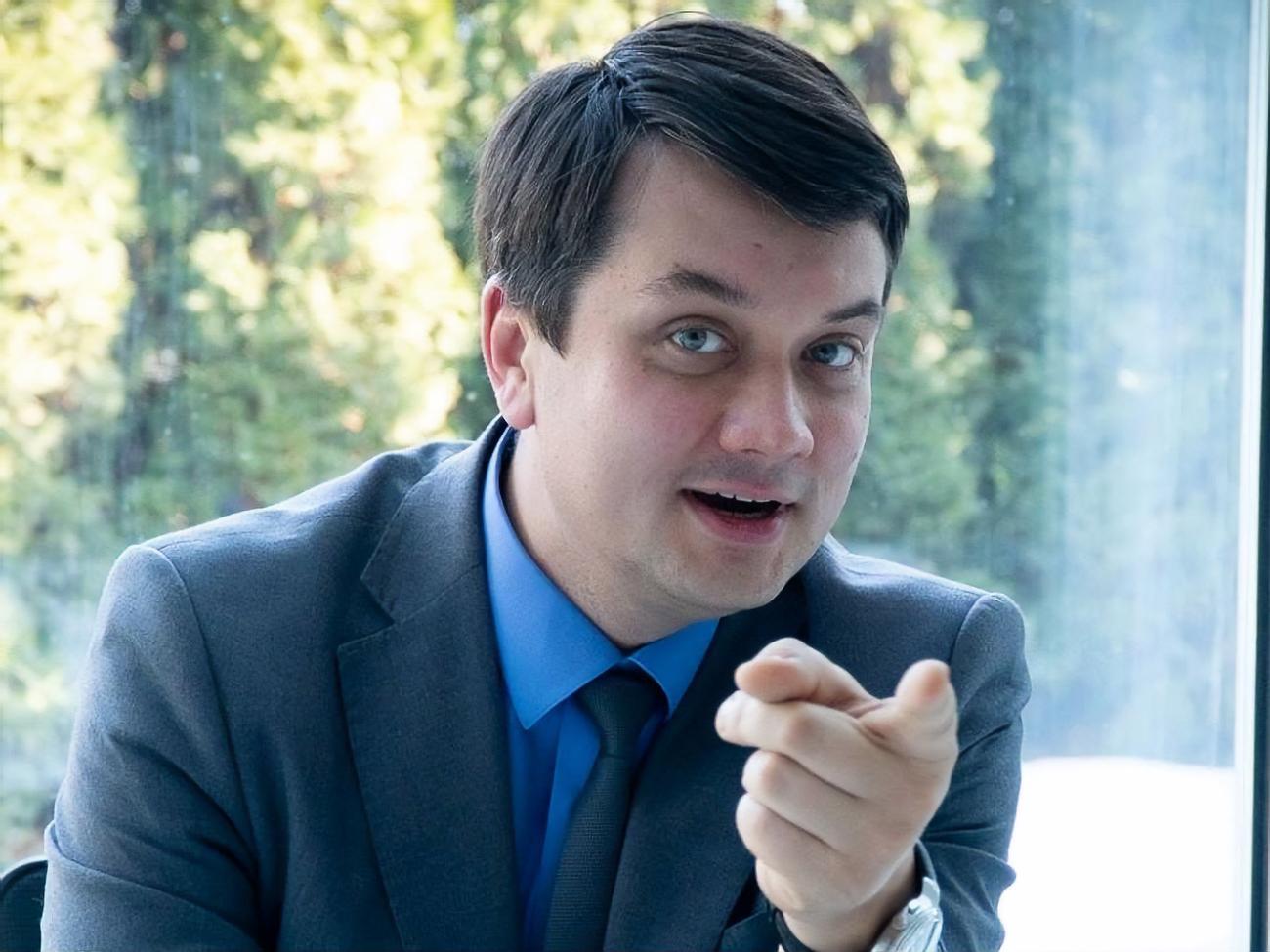 Рискнёт ли спикер Верховной Рады заткнуть самого Зеленского, когда тот заговорит на русском?