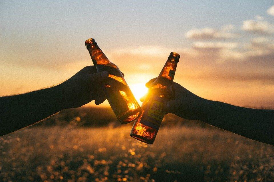 В России на бутылках со спиртным могут появиться надписи о вреде алкоголя