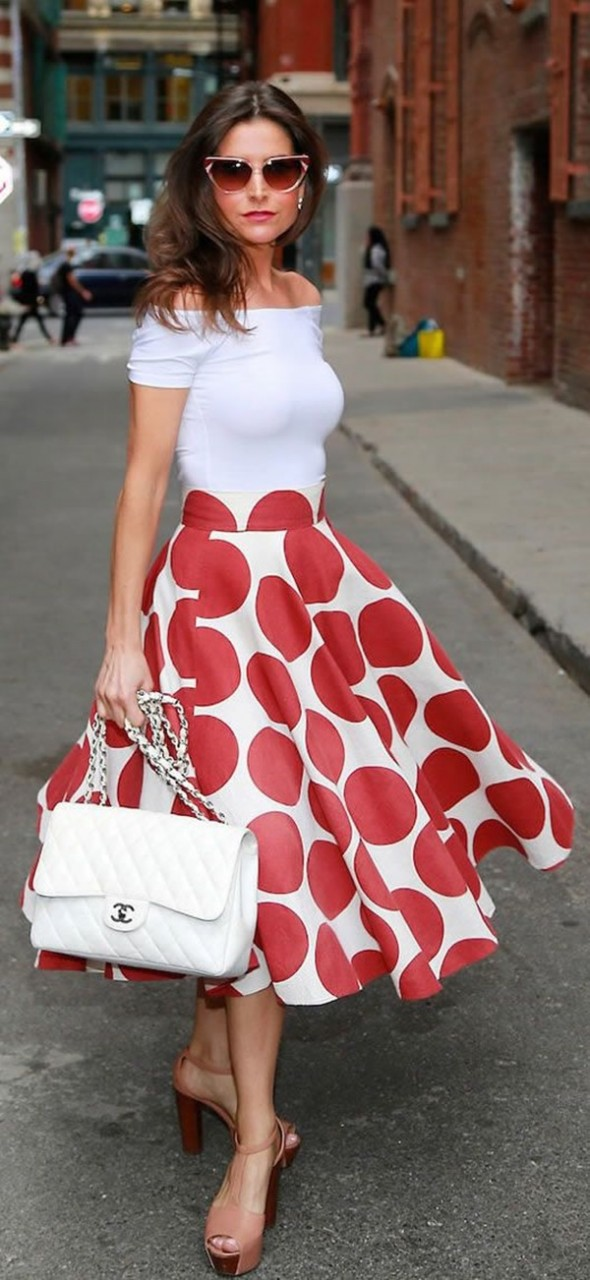 Картинки по запросу red polka dot dress