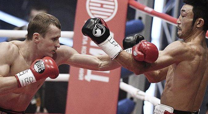 Видео с жестким нокаутом японца российским боксером Э. Трояновским