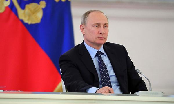 Президент РФ подписал закон о налогах для самозанятых