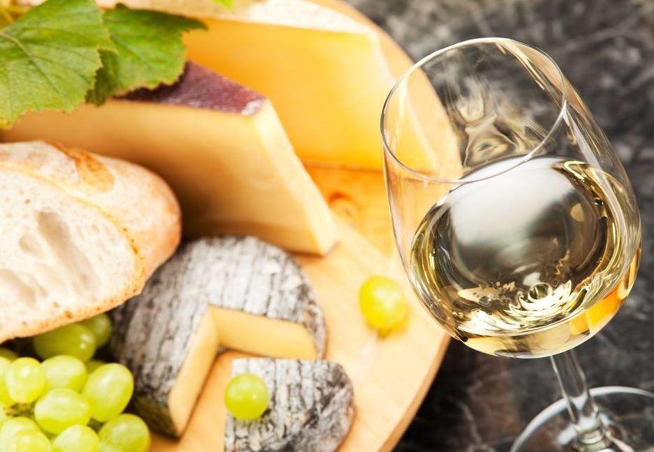 ЗАКУСОЧНЫЙ ДЕНЬ. Как правильно подобрать сыр к вину