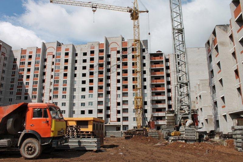 Почему в России можно купить недостроенное жилье, а в Европе — нет