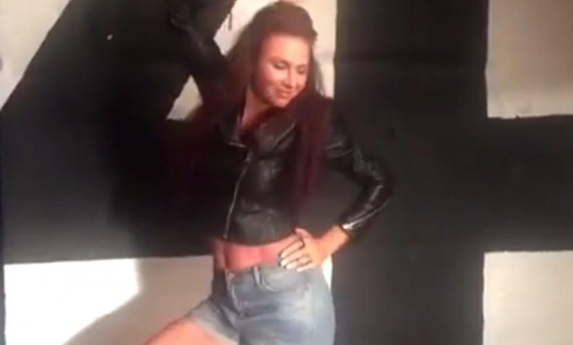 Разошлась тетя! - Эвелина Бледанс в вызывающем наряде исполнила эротический танец на видео