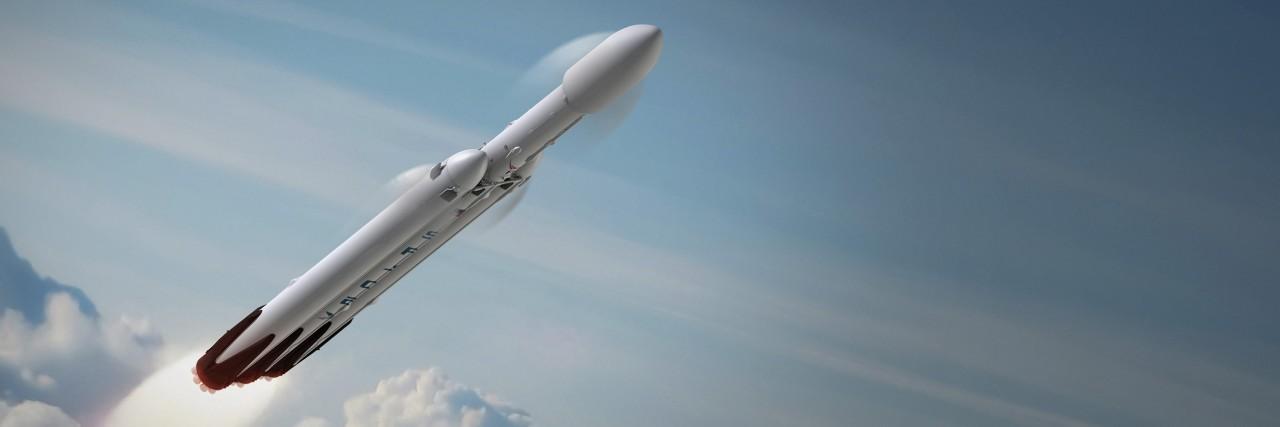 Первый запуск американской ракеты-носителя Falcon Heavy состоится в конце декабря 2017 года