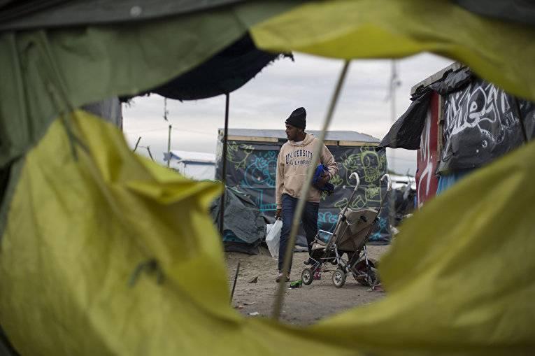 Джунгли Франции. Как улицы Парижа превратились в лагерь «беженцев»