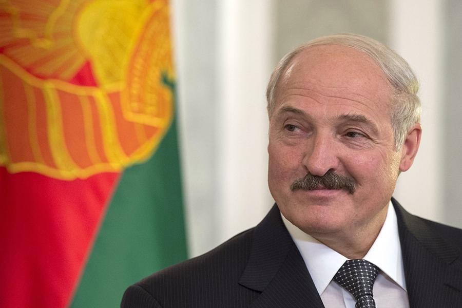 Лукашенко: дам, не дам и дам, но не вам