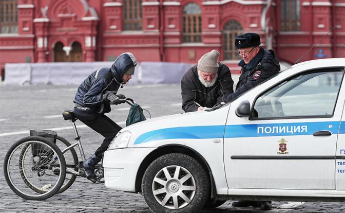 Штрафовать стариков не стыдно: Что делать, если полиция обвиняет в нарушении режима