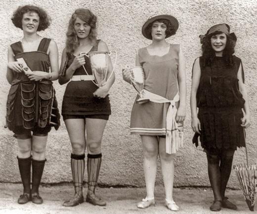 Что стало с женщинами за один век