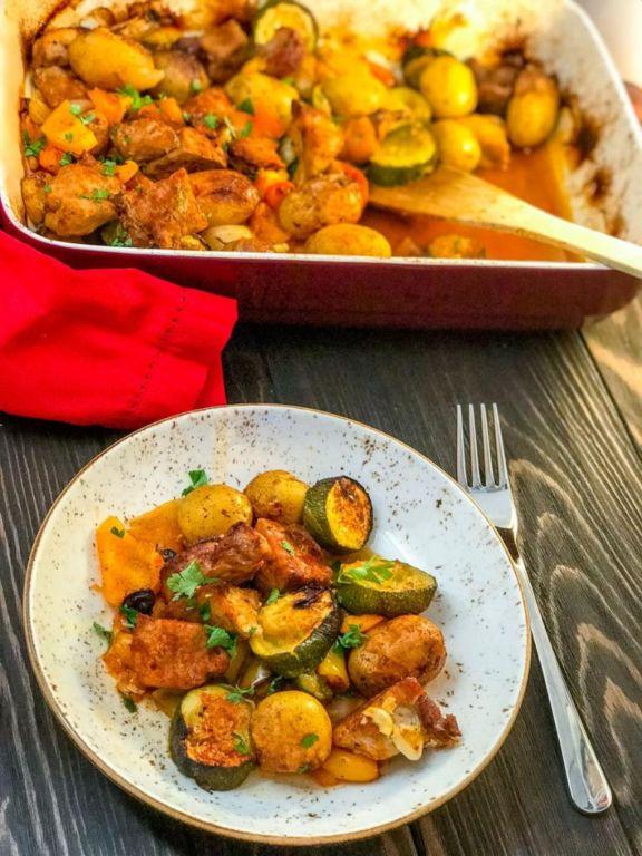Картофель со свининой в духовке: рецепты приготовления