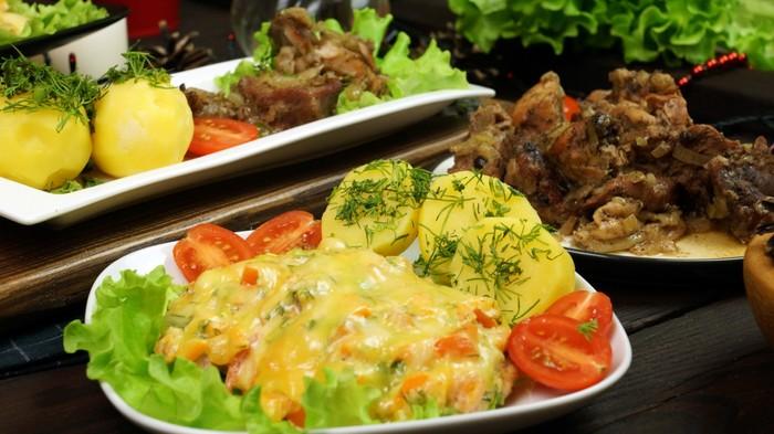 Филе индейки, запечённое в духовке с помидорами, сладким перцем  и сыром. С дедом за обедом, Еда, Кулинария, Рецепт, Вкусно, Индейка, Видео, Длиннопост