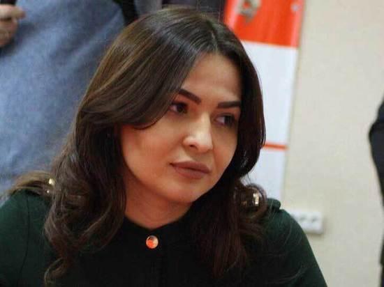 «Детям денег нет, на иномарки есть»: депутат объявила войну чиновникам