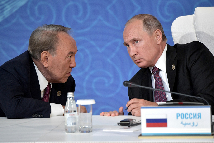 Назарбаев предупредил Путина. Но не посоветовался