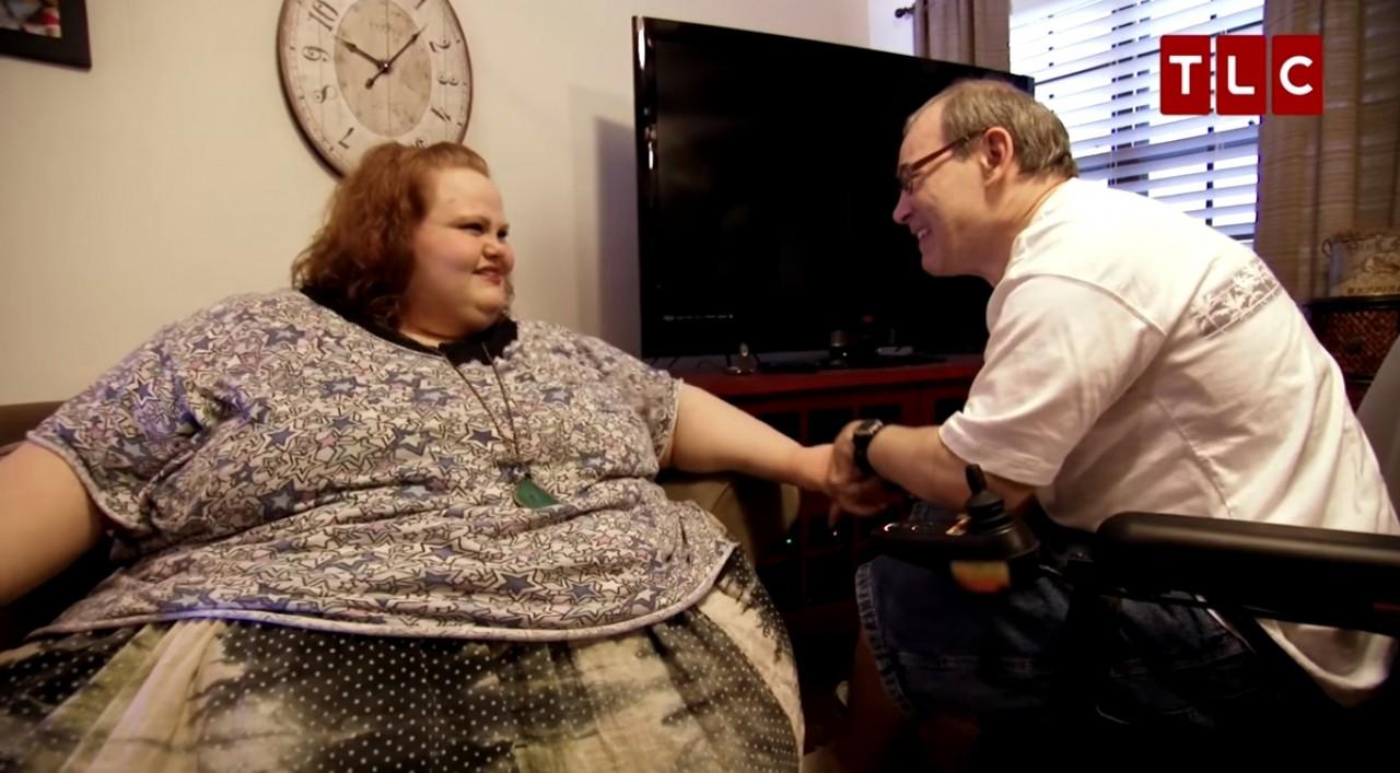 Она уже не думала, что живёт. Женщина весом 300 килограмм решила удалить большую часть своего желудка