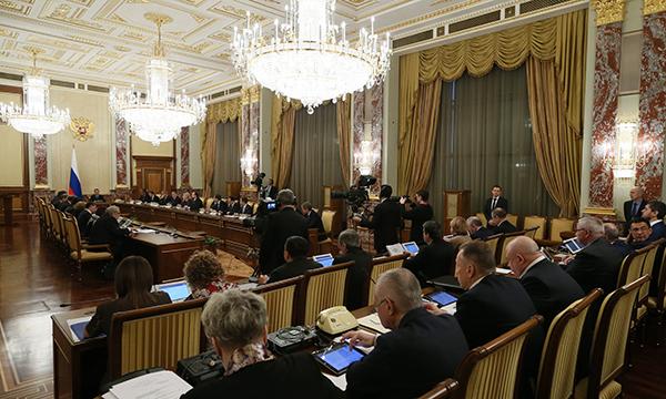На строительство дорог в регионах будут направлены почти 40 млрд рублей