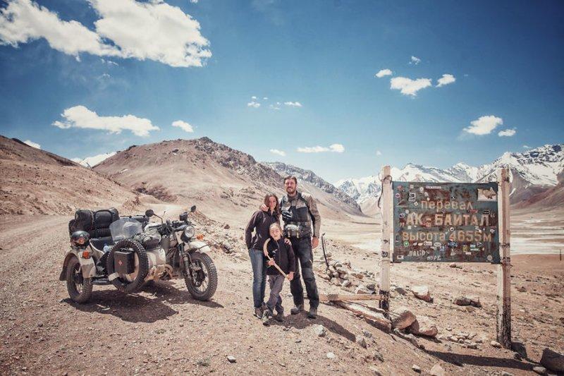 Перевал Ак-Байтал, Восточный Памир, Таджикистан, высота над уровнем моря 4655 м монголия, мотоцикл, мотоцикл с коляской, мотоцикл урал, путешественники, путешествие, средняя азия, туризм