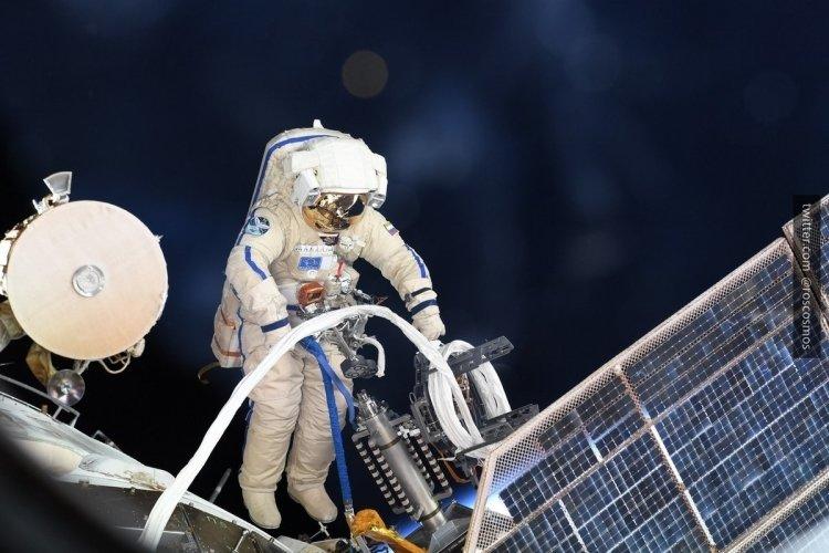«Союз МС-09», в котором было обнаружено отверстие, вернется с экипажем на Землю