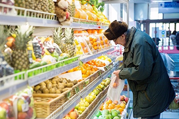 Россияне стали меньше экономить на еде, но больше — на всем остальном